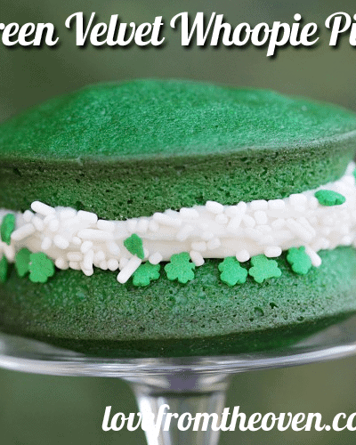 Green Velvet Whoopie Pies – St. Patrick's Day Baking Ideas