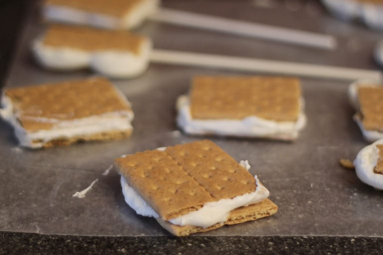 indoor smores - Love From The Oven