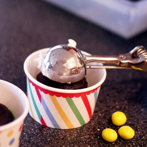 how to ice cupcakes. How To Make Ice Cream Sundae