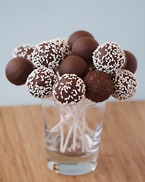 Cakepops With The Babycakes Cake Pop Maker Love From The Oven
