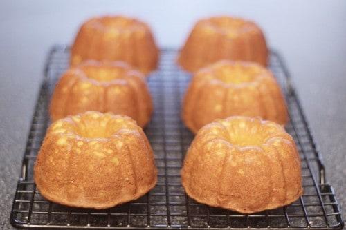Molten Lava Mini Bundt Cakes
