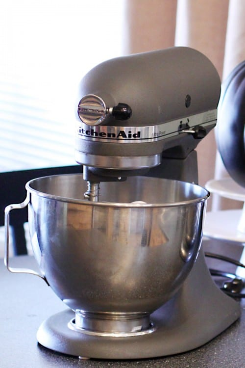 A Review Of The New Kitchenaid 7 Quart Bowl Lift Residential Stand Mixer Let S