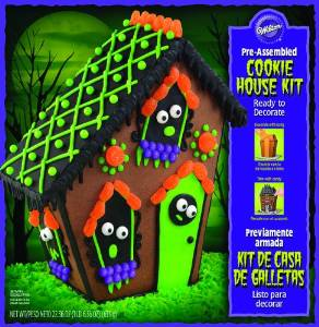 Halloween Gingerbread House Kit