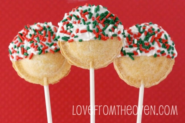 Christmas Pie Pops by @LoveFromTheOven