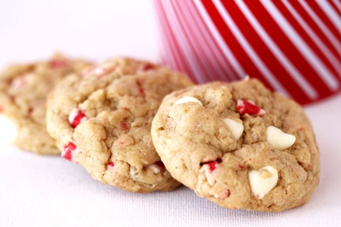 White Chocolate Peppermint Crunch Oatmeal Cookies Made With Melt ...