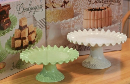 cover the cake stand timeless beauty glass with pioneer pedestals ip woman pedestal