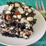 Featured Love From The Oven Cookies & Cream Bars-6818