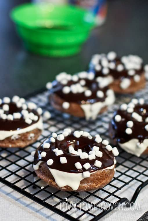 Chocolate Glaze For Donuts Using Cocoa Powder
