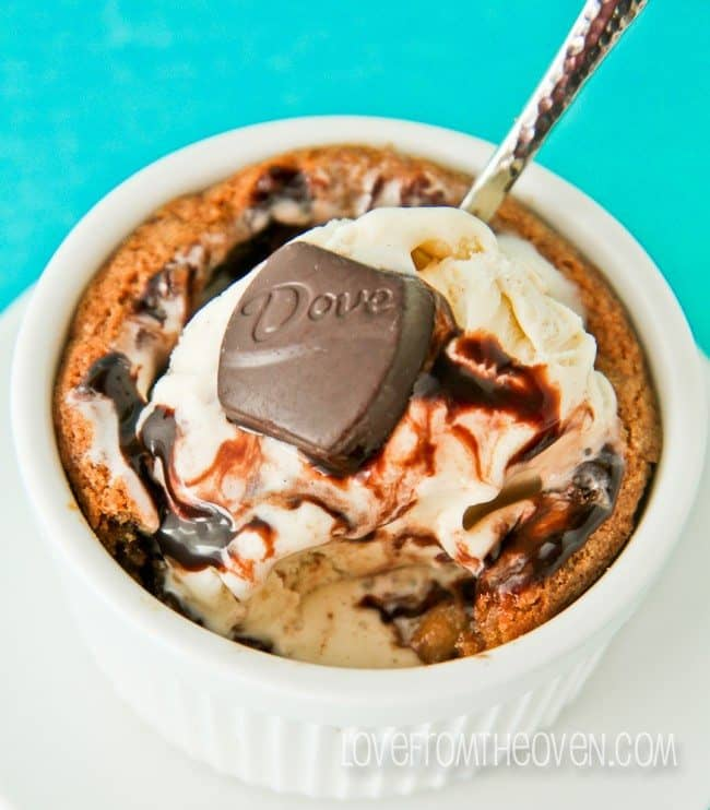 Hot Cookie With Ice Cream Like Pizzookie