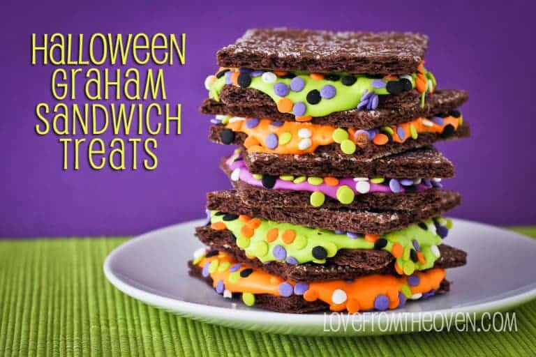 Halloween Graham Sandwich Treats by Love From The Oven