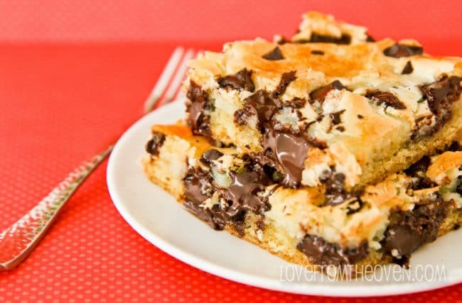 Dark Chocolate Chunk Cream Cheese Cake