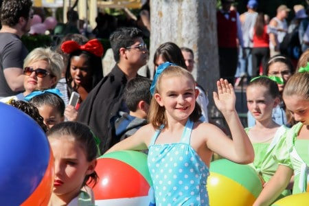 Disneyand Teen Beach Movie Christmas Day Parade