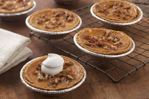 Mini-Pumpkin-Pies-2953US