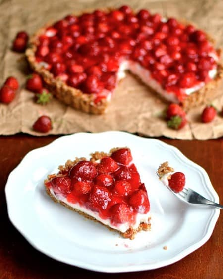 Strawberry Pretzel Tarts