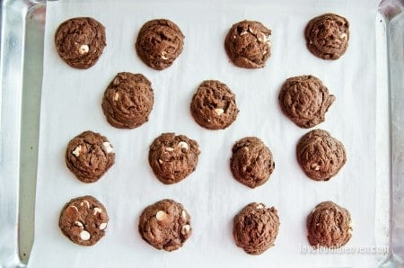 Chocolate Overload Cookies (14 of 8)