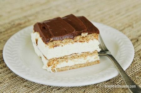 """Graham Cracker Éclair """"Cake"""""""