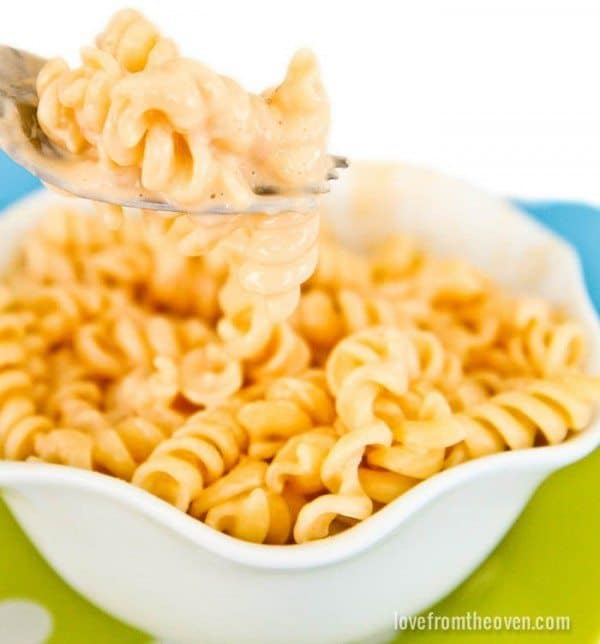 Quick-And-Easy-Mac-And-Cheese-Recipe-e1407181271444.jpg