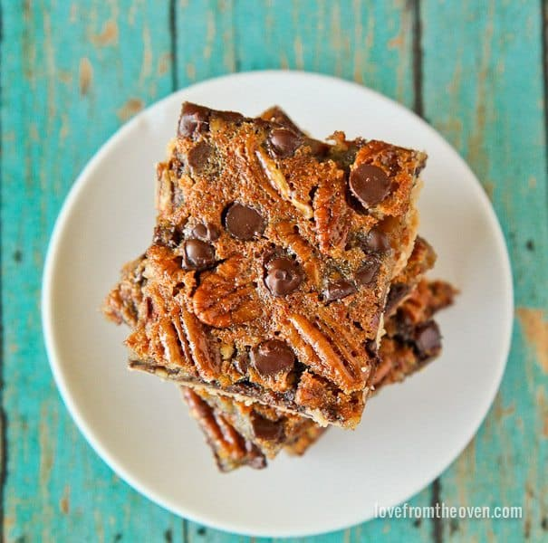 Pecan Pie Bars With Chocolate Chips