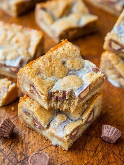 No-Churn Caramel Peanut Butter Cup Soft Pretzel Ice Cream Sammies With Hot Fudge No-Churn Caramel Peanut Butter Cup Soft Pretzel Ice Cream Sammies With Hot Fudge new pics