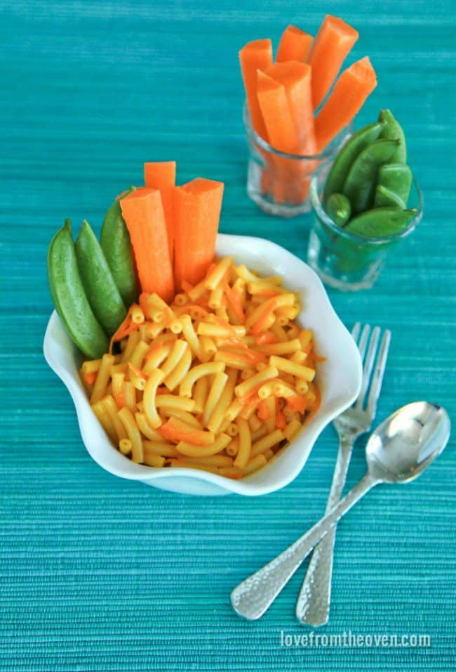 Mac And Cheese With Veggie Dippers