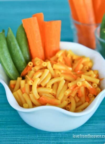 Mac N Cheese With Veggie Dippers