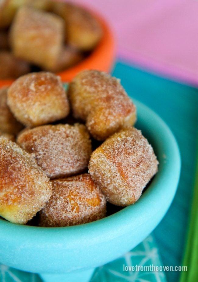 Cinnamon Sugar Pretel Bites