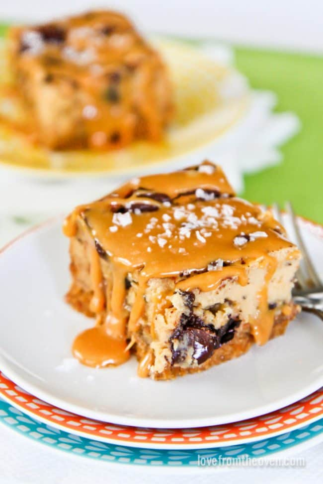 Salated Caramel Chocolate Chunk Cheesecake Bars With Pretzel Crust
