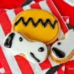Easy Snoopy And Charlie Brown Cookies For The New Peanuts Movie