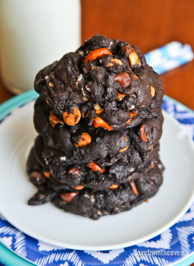 Overwhelming Chocolate Cookies