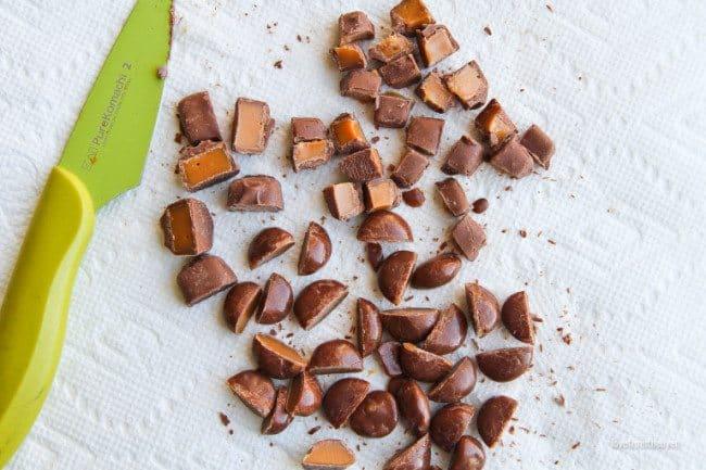 caramel-pretzel-nachos-8839