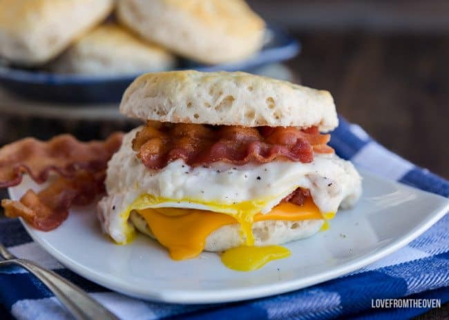 Biscuit And Bacon Gravy Sandwiches