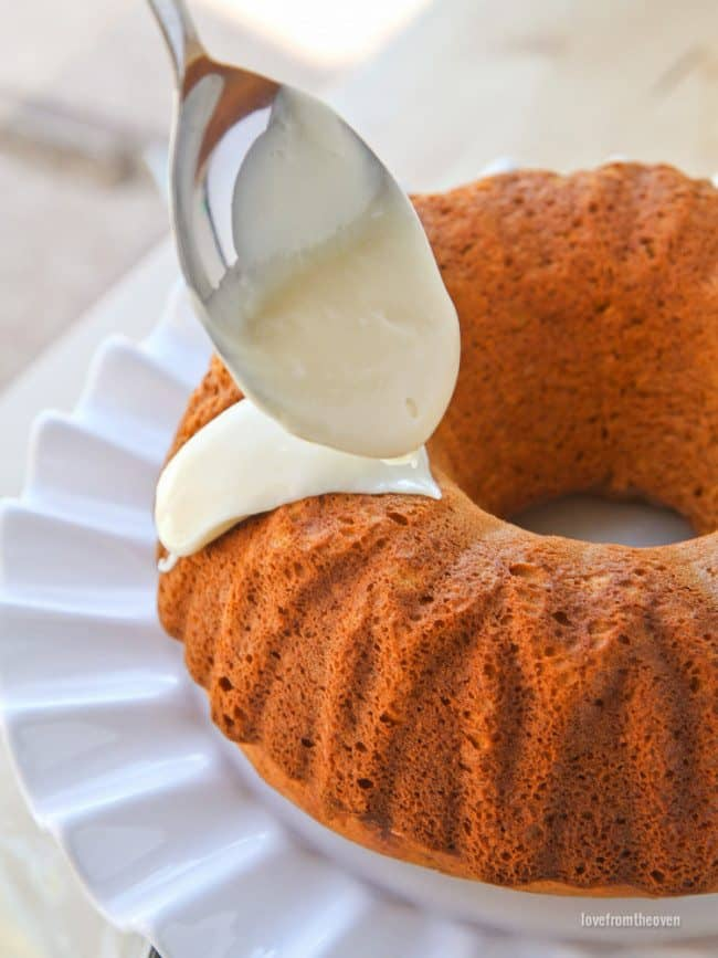 One Bowl Pumpkin Bundt Cake