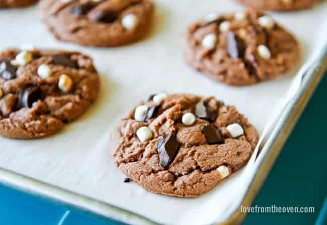 edea736f8cf8 Hot Chocolate Cookies - Love From The Oven