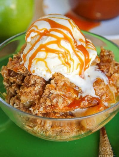 Easy Caramel Apple Crisp Recipe