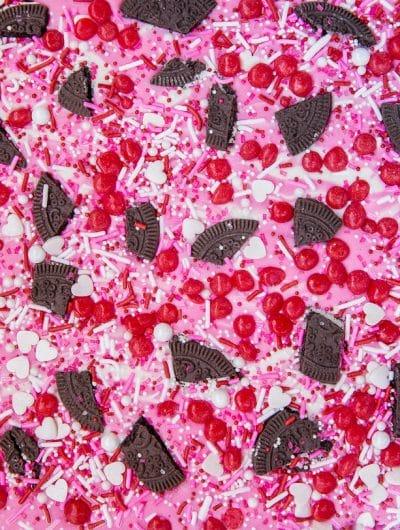 Easy Valentine Bark #valentinebark #valentinecandy