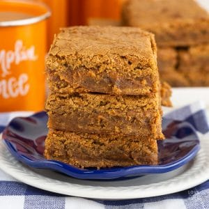 Chewy Pumpkin Blondies