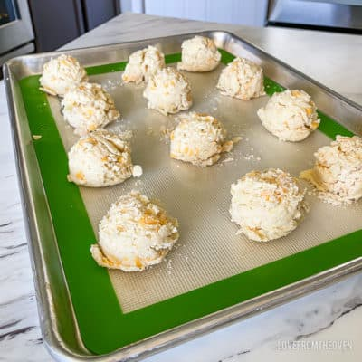 A tray of Cheddar bay biscuits