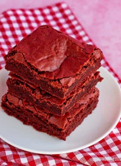 A plate of red velvet bars